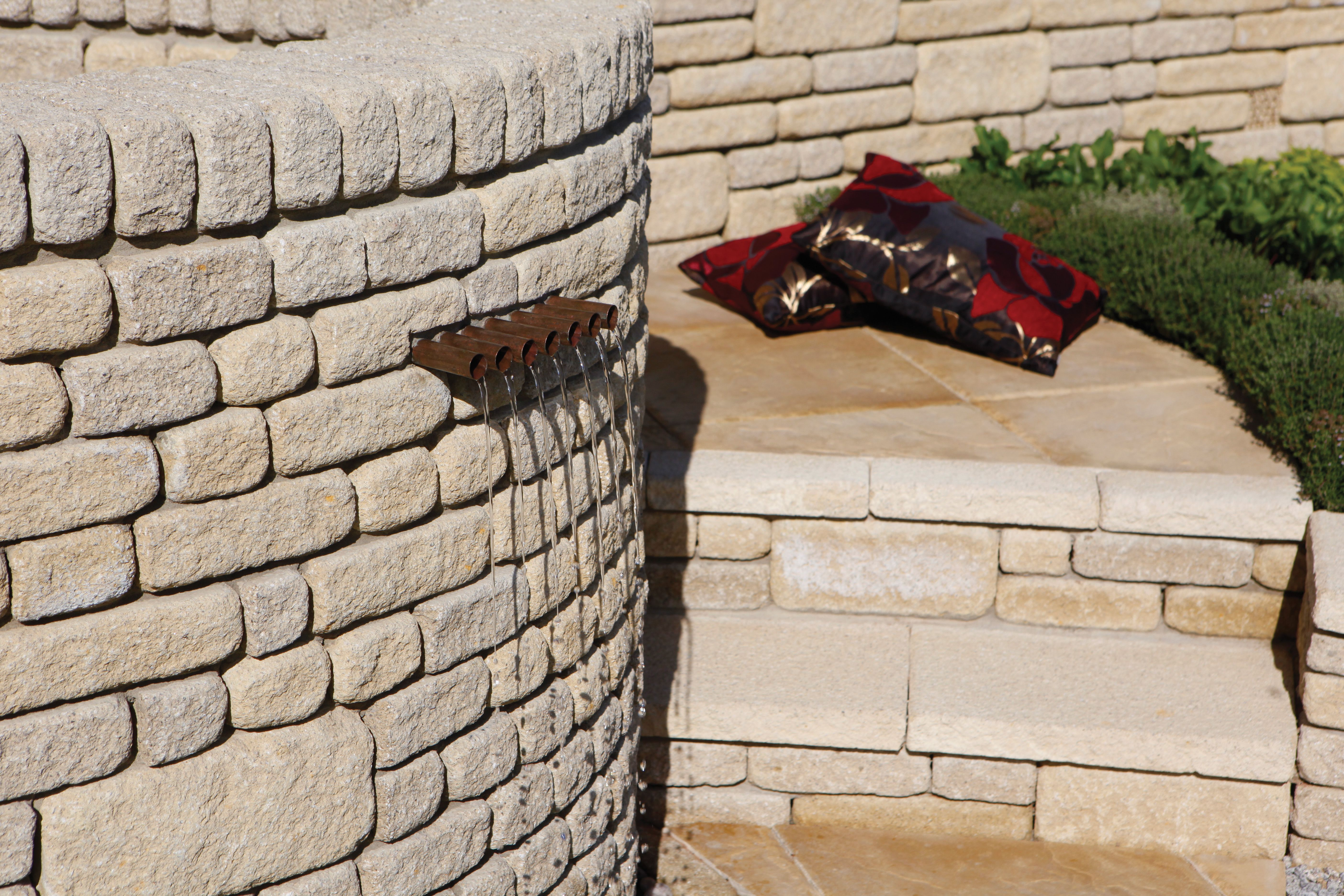 Countrystone Giving The Impression Of Rough Dressed Stone It S Ideal For A Real Rustic Feel To Your Garden Ideal To Ma Walling Stone Cladding Raised Planter