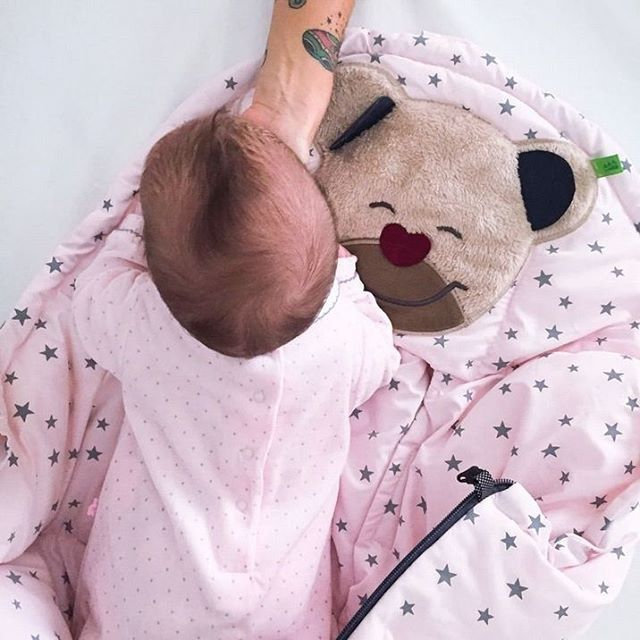 Brrr che freddo! Per fortuna ci pensa l'orsetto Mucki di @piccifirenze a riparare dall'aria e dal gelo... indispensabile per le uscite in passeggino!  Il sacco invernale #mucki è disponibile in tantissime fantasie e varianti colore, scoprile subito!  #casadelbambino #babyshop #babydesign #mom #mommy #mother #family #mommylife #babystyle #babygift #babyshower#bestoftheday #follow #instadaily #photooftheday #picoftheday#adorable #babies #baby #beautiful #cute # #infant #instababy #instagood…