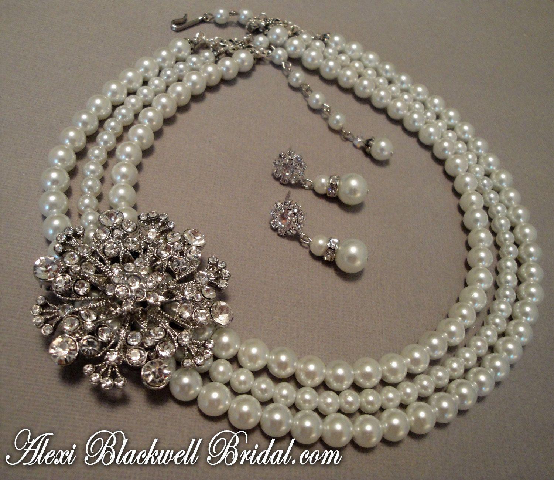 Bridal Pearl Necklace Set with Rhinestone Brooch