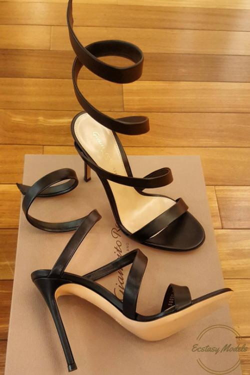 841ec45f5 Just stunning shoes - ecstasymodels  Gianvito Rossi Opera Sandal ...
