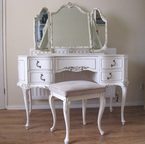 luxurius french vanity table design that will make you