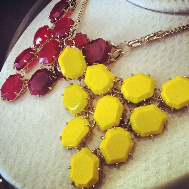 Colorful geometric stones take over in our Beth Necklace @Kendra Henseler Scott  #OmniBartonCreek #Bellas