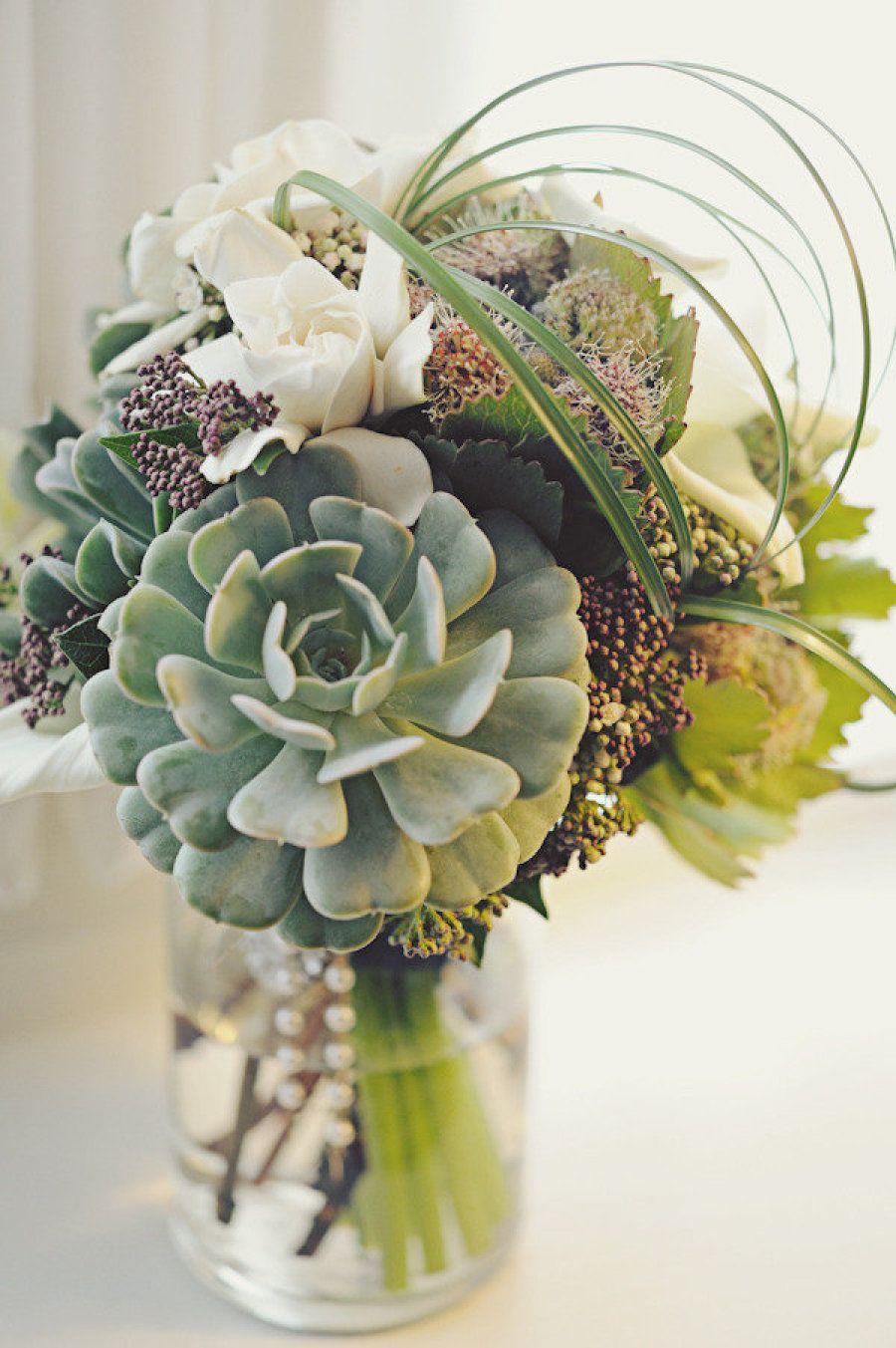 Пермь свадебные, букет из кактусов в коробке