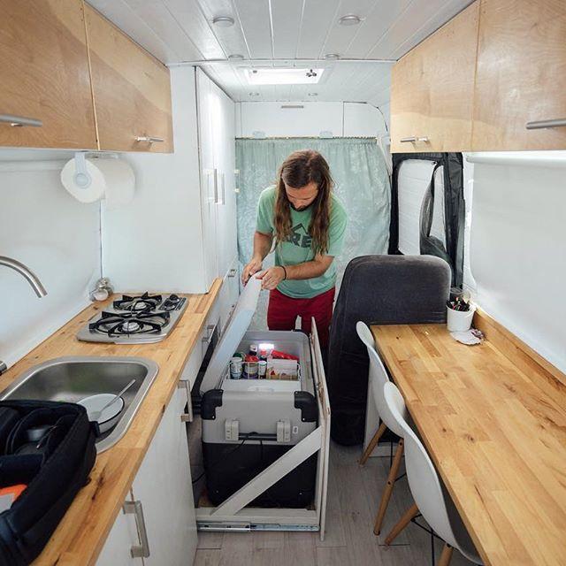 Wood And White Camion Camping Car Van Aménagé