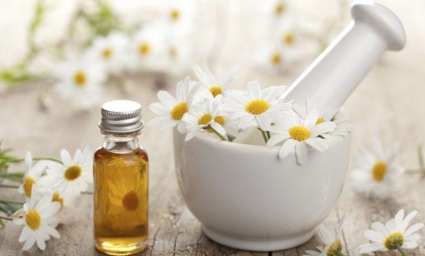 Especialista dá receitas para prevenir e tratar problemas como febre, assaduras e queimaduras por meio da aromaterapia