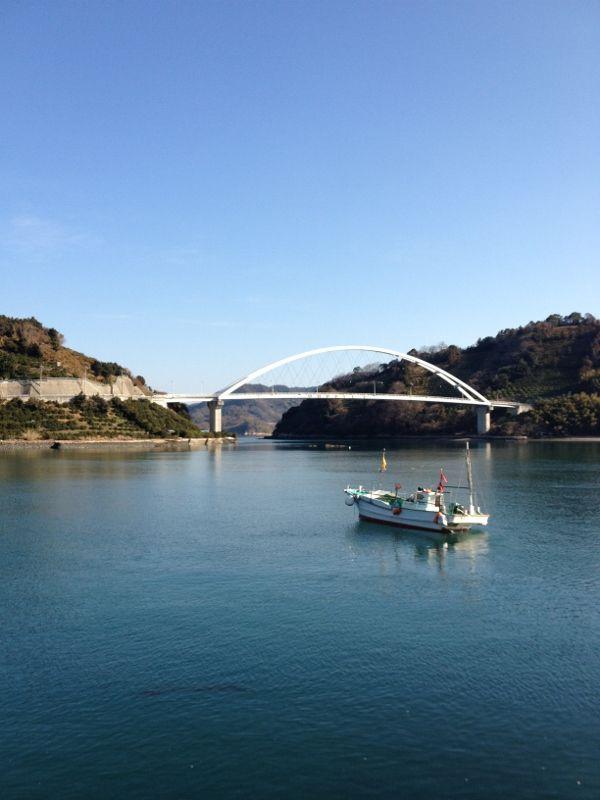 A bridge and a ship