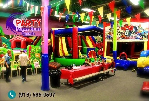 Tips To Throw A Party In Your Backyard! Bounce House ...