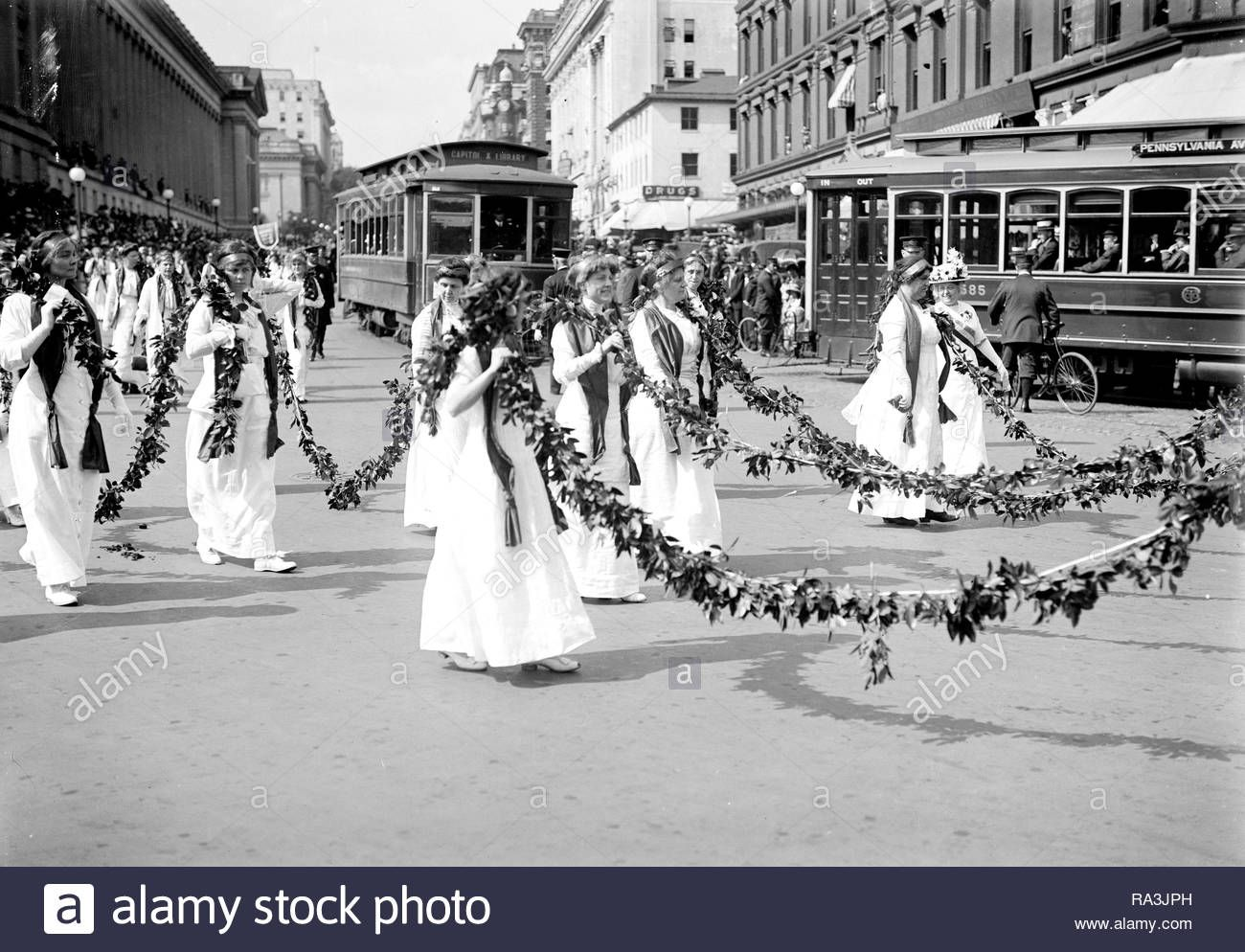 Woman Suffrage Parade Ca May 1914stock Photo Old Pictures Women In History Suffragette [ 994 x 1300 Pixel ]