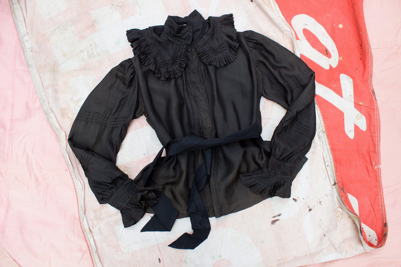 90s Goth Tuxedo Ruffle Blouse Black Top Size Medium
