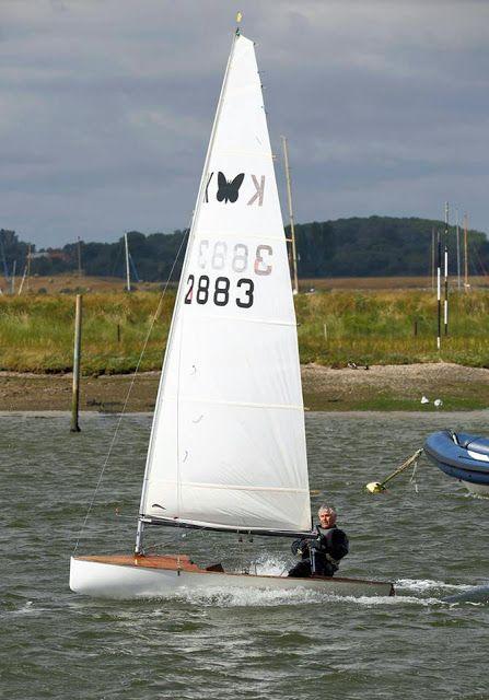 Ian Marshall /) Classic Moth Shelley Mk I   Boat Play   Boat