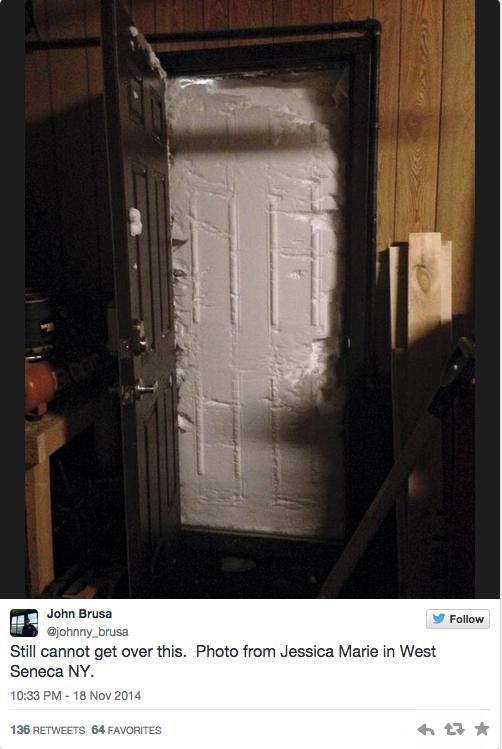 12 Insane Photos of Wednesday's Epic Buffalo Snowstorm - Esquire