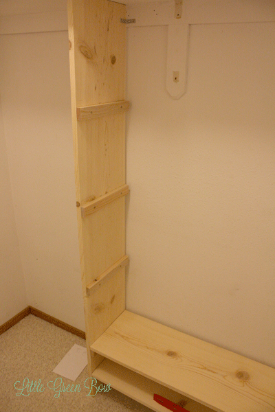 Diy Closet Organizers On The Cheap Little Green Bow The Wannabe Minimalist Diy Closet Shelves Closet Organization Diy Closet Redo