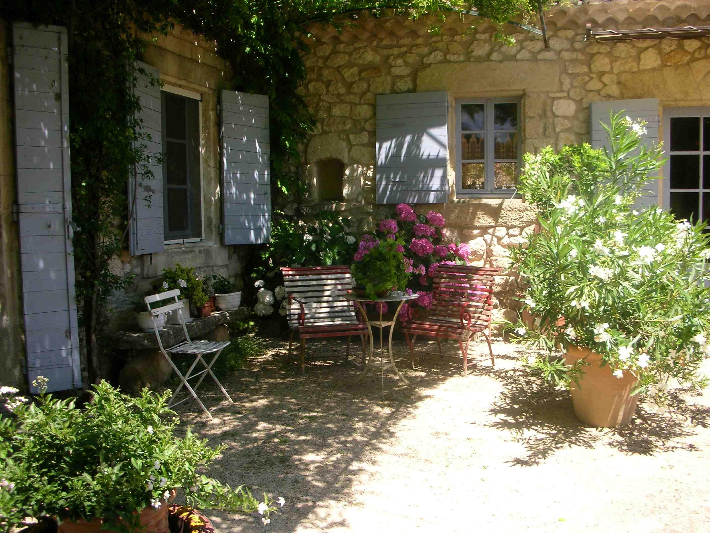 ogród w stylu śródziemnomorskim | ogród | Pinterest | Gardens