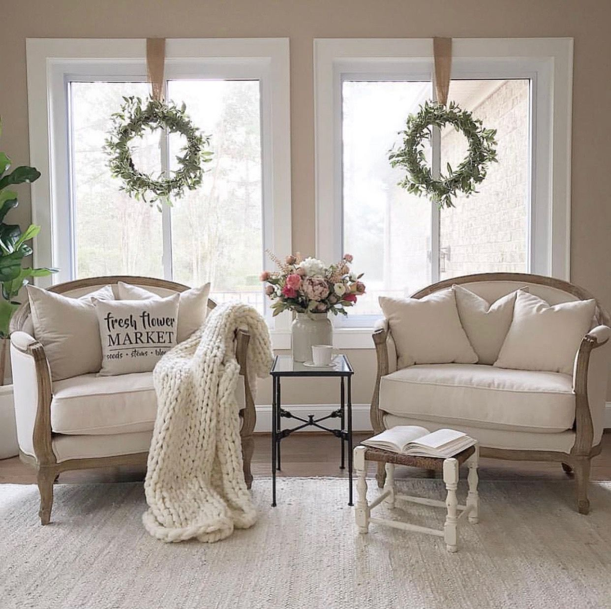 home by bailee kloiber sitting room decor french on modern luxurious bedroom ideas decoration some inspiration to advise you in decorating your room id=22485