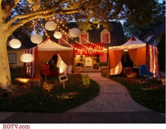 creepy carnival tents for an outdoor halloween theme