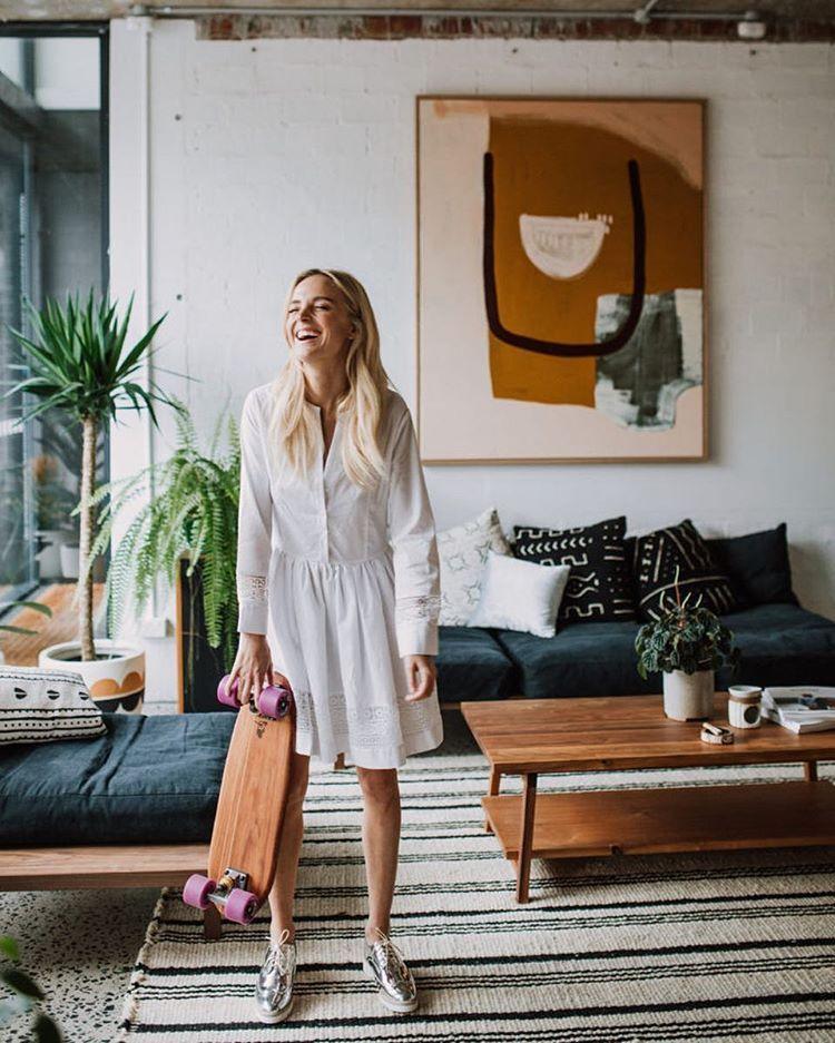 Super schönes Wohnzimmer Instagram-Foto von @_shareegray