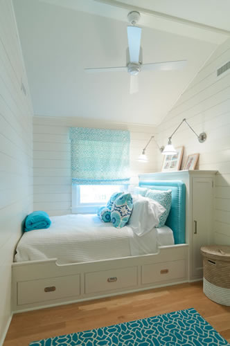 Desire Empire Beach House Decor Beds And Other Joinery For Small Spaces