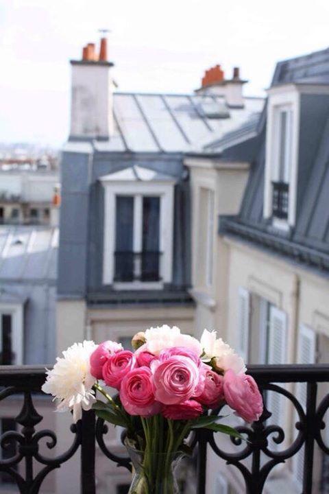 Bouquet de fleur sur les toits de Paris <3