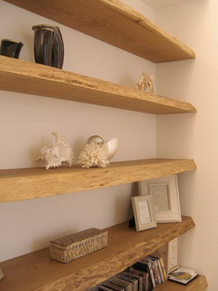 Mensole libreria muro tavole di recupero in rovere casa for Mensole libreria
