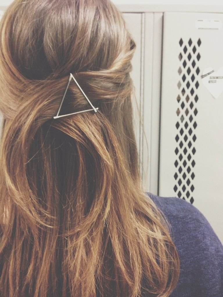 Bobby Pin Hairstyles Triangle Pins Triangle Hair Hair Hacks Hair Styles