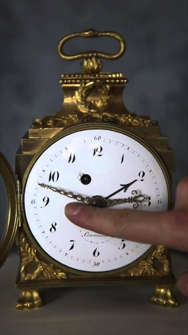 pendule d 39 officier g n ral de la fin du xviiie si cle horlogerie clocks pinterest clocks. Black Bedroom Furniture Sets. Home Design Ideas