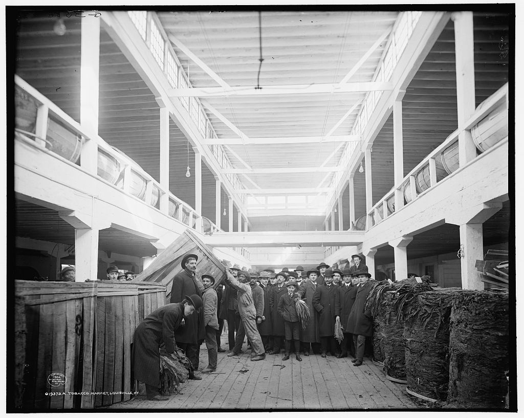 COMMERCE: Tobacco market and auction. Louisville, Kentucky ca. 1900
