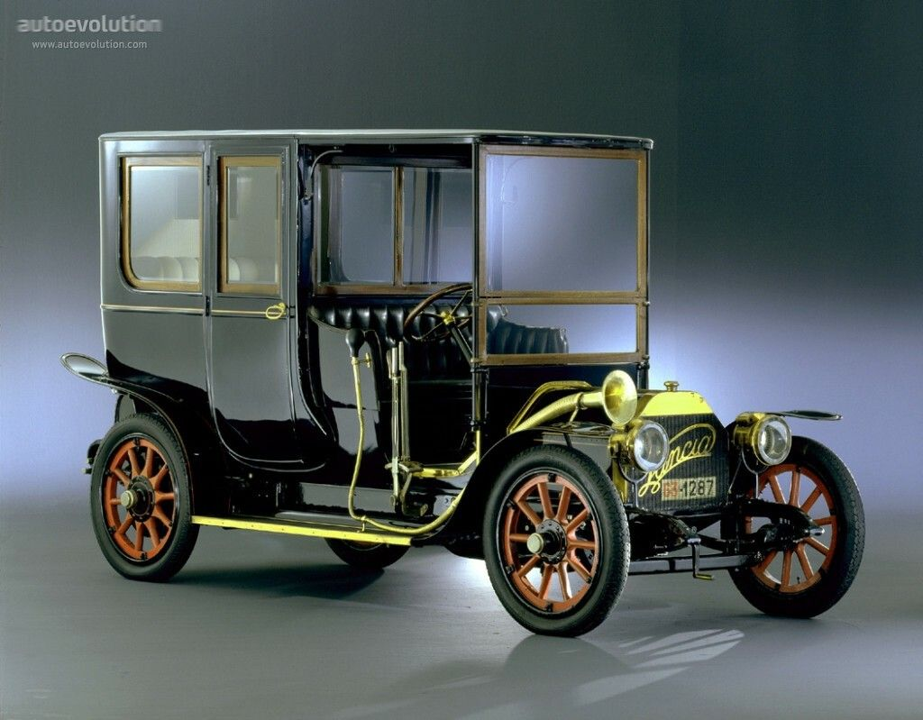 1907 Lancia Alpha. This is the first ever car made by Italian ...