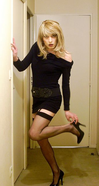 tights pictures in pantyhose transvestite men