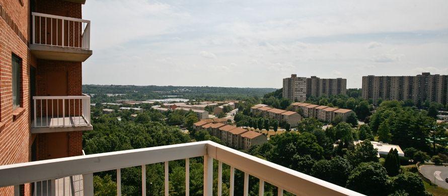 855 316 0074 1 2 Bedroom 1 2 Bath Cascade At Landmark Apartments 300 Yoakum Pkwy Alexandria Va 22304 Luxury Rentals Apartments For Rent Great Places