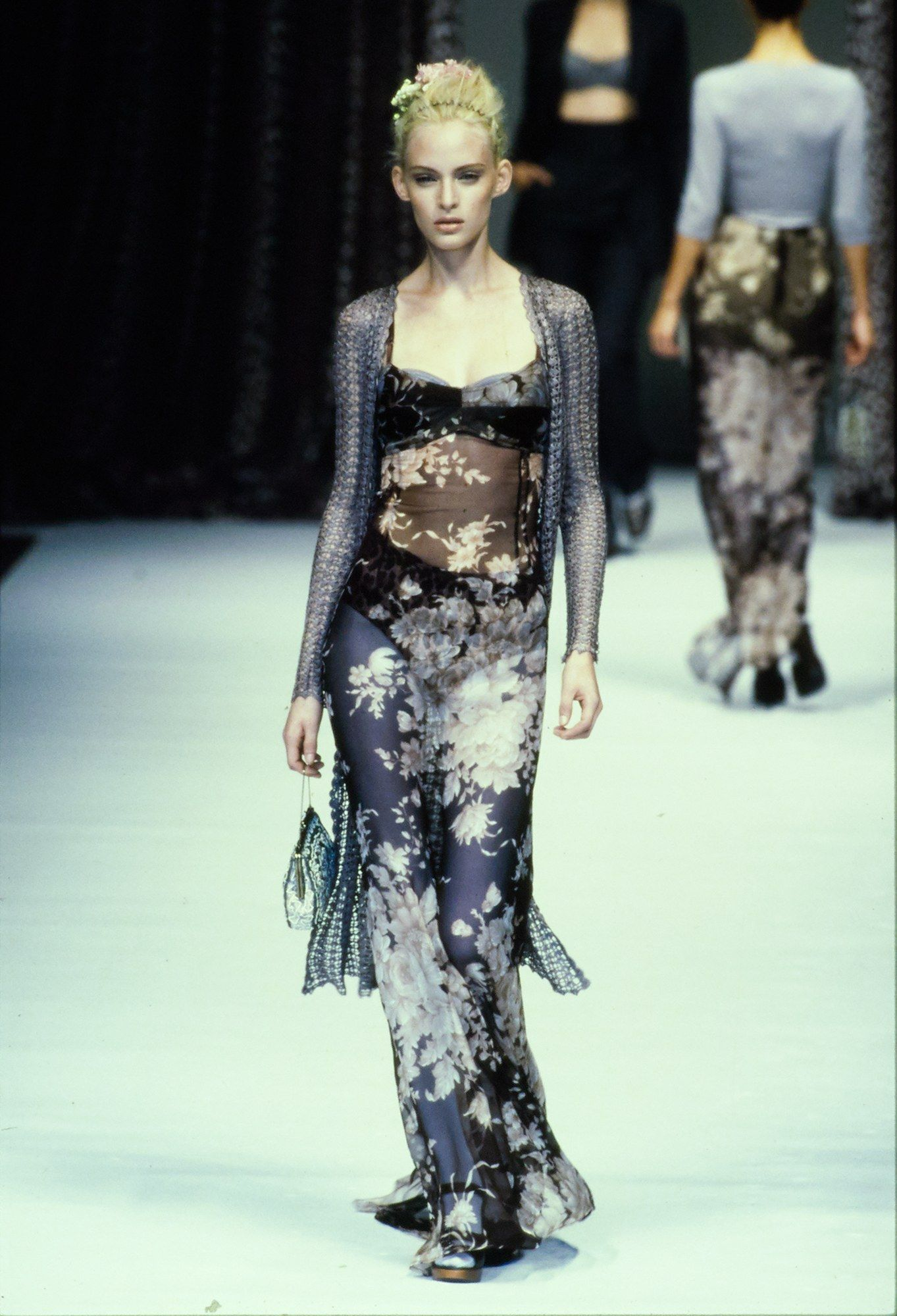 Dolce   Gabbana Spring 1997 Ready-to-Wear Fashion Show   Runway ... 8f6a835ec4e6