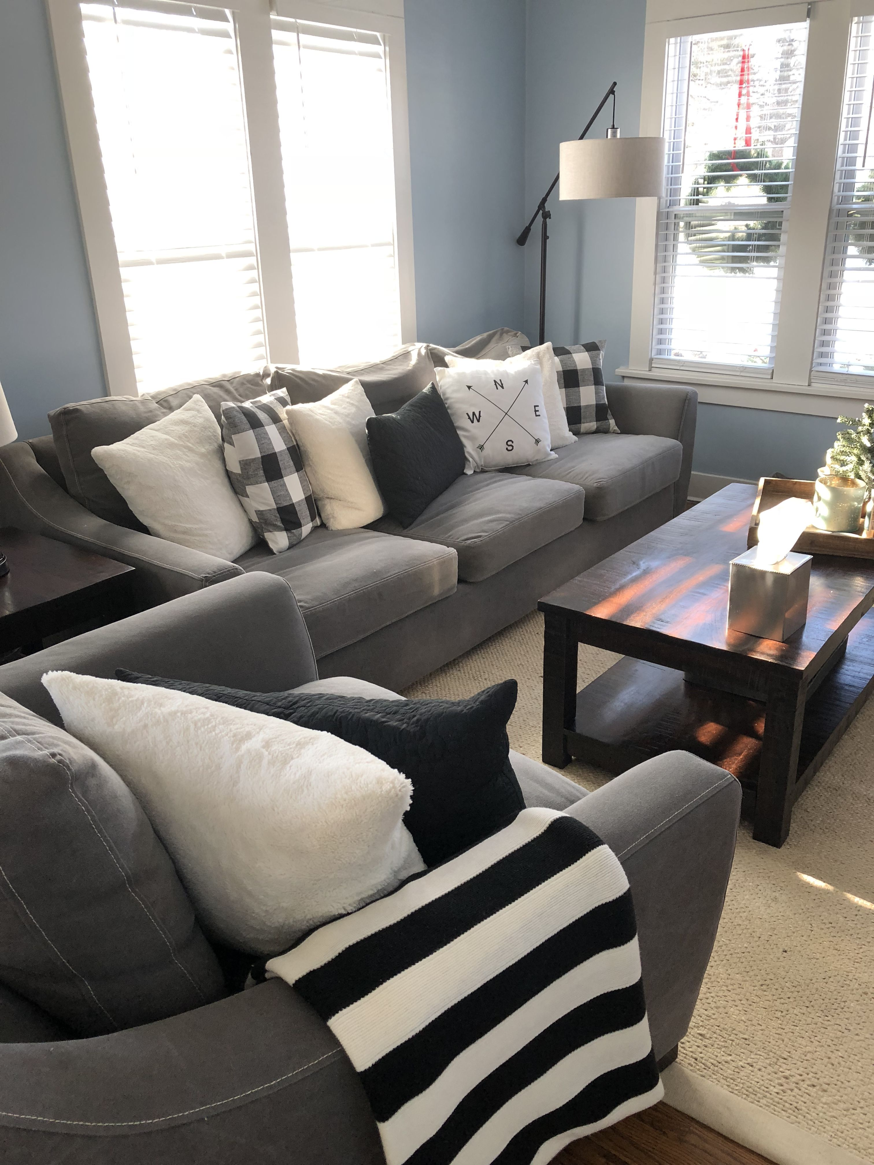 Modern Farmhouse Living Room Sofa Used Neutral Colors That Are Easy On The Eyes Black White Gr Farm House Living Room Couches Living Room Black Living Room
