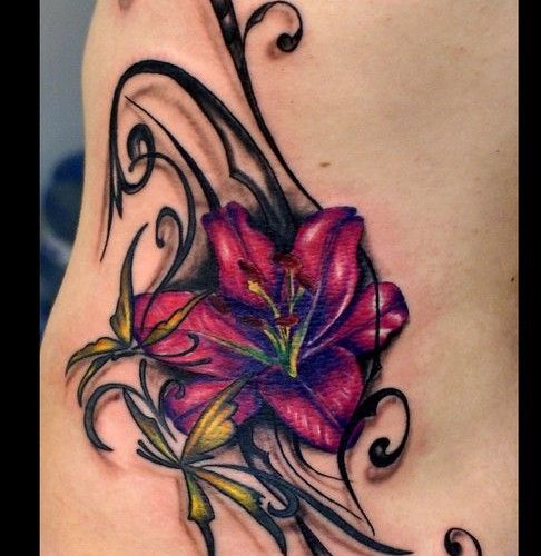 40 coole blumen tattoo vorlage flower side tattoos pink. Black Bedroom Furniture Sets. Home Design Ideas