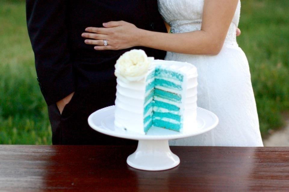 Wedding Cake Blue Velvet Cake Great Dane Bakery