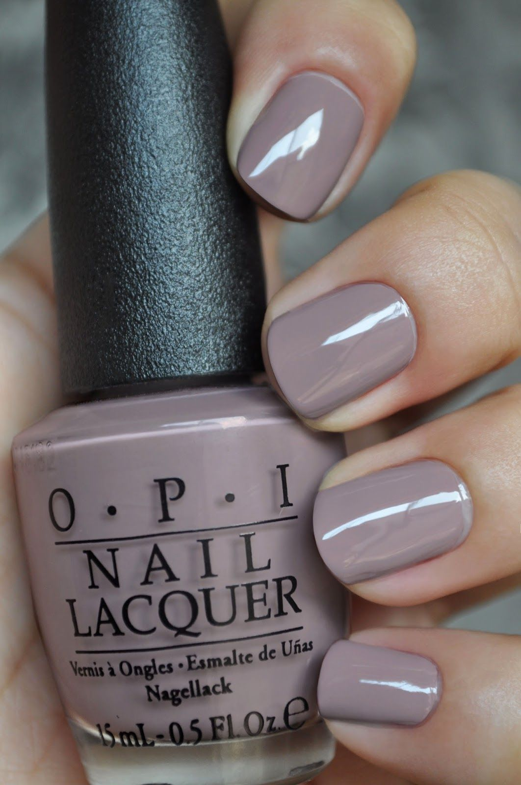 opi - taupe- beach nails