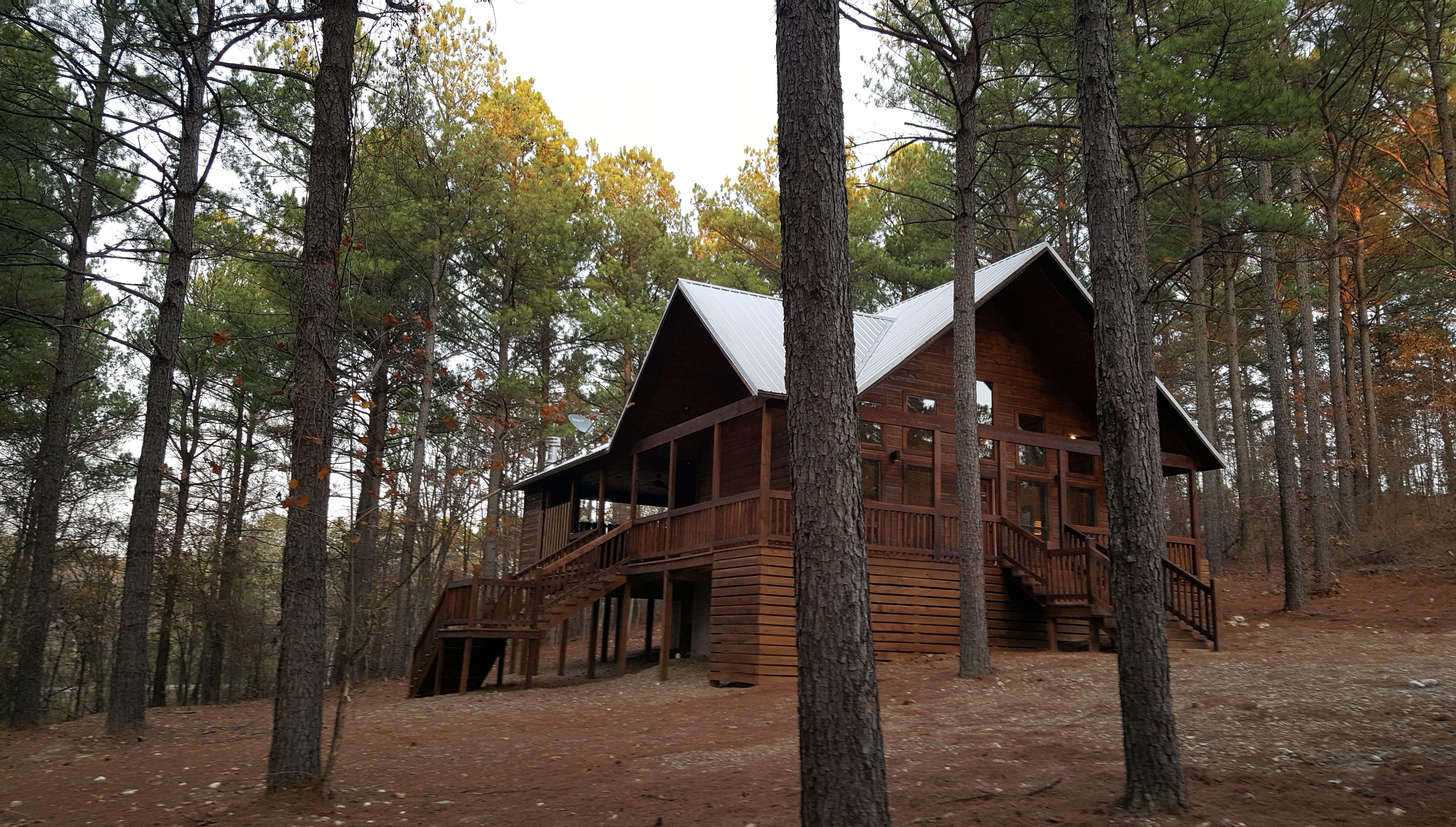 Woodland Escape Luxury 1 Bedroom Cabin In Broken Bow Pet Friendly Cabin Open Concept Living Room Luxury Cabin