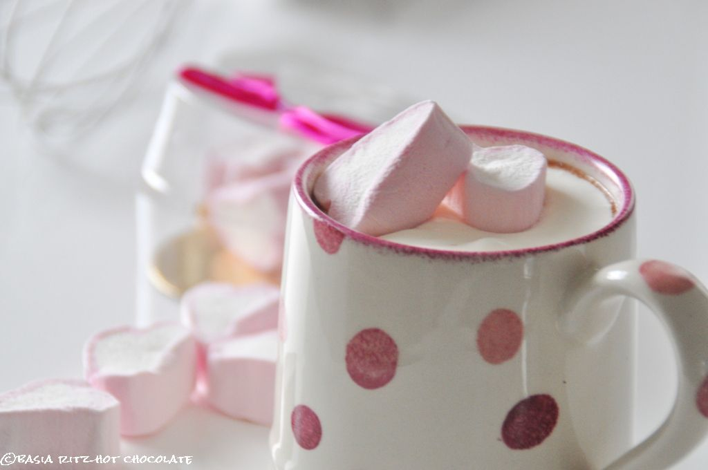 hot chocolate /  gorąca czekolada na 7 sposobów
