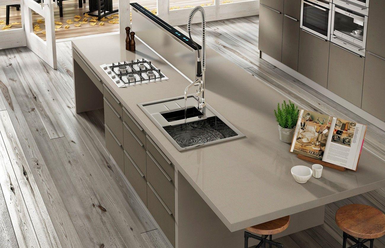 Silestone kitchen worktop luna or noka vanity with for Piani casa americana