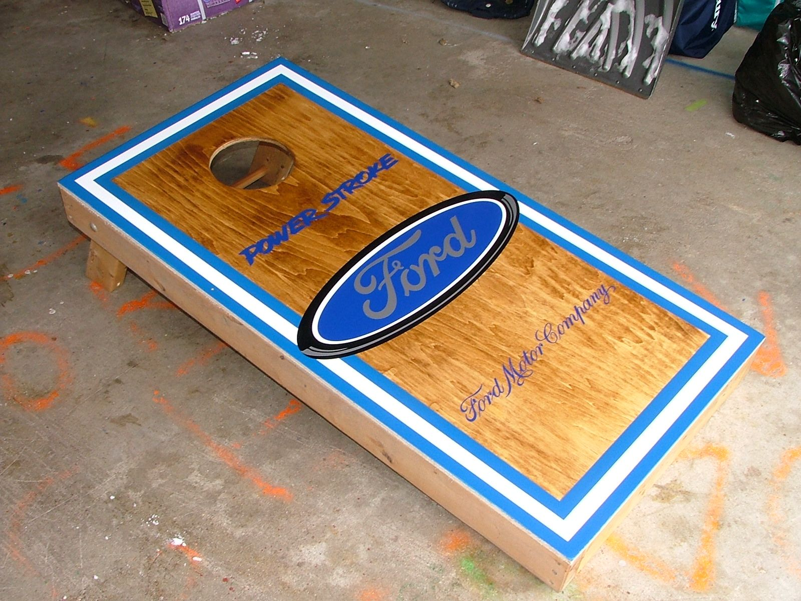 cornhole board hole designs cornhole design ideas - Cornhole Design Ideas