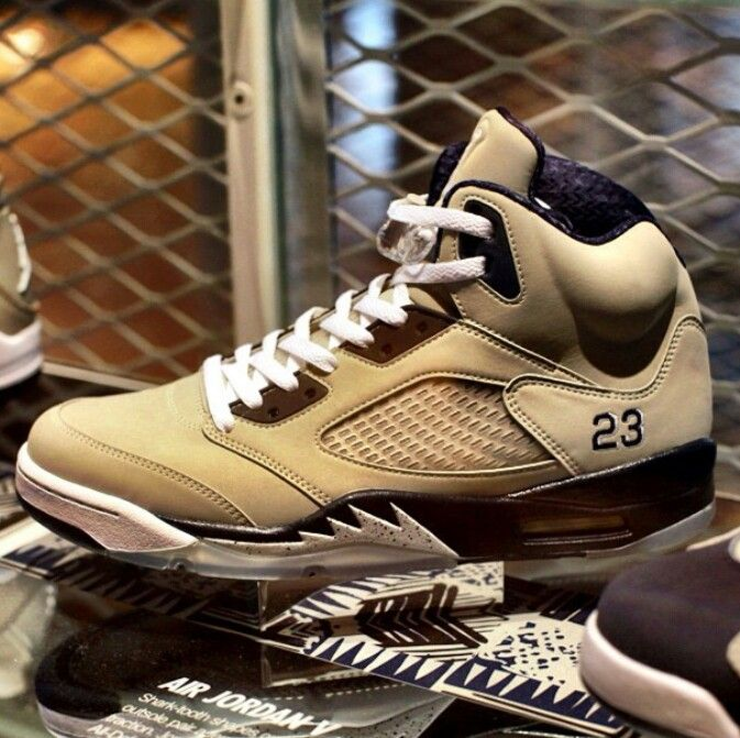 Air Jordan V Georgetown Hoyas