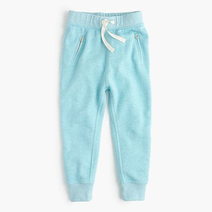 A bright pair of sweatpants in our new lightweight (but still cozy!) fleece makes getting out of bed on chilly mornings easier. Same goes for traveling over holiday break.<ul><li>Relaxed fit.</li><li>Cotton/poly.</li><li>Elastic waistband with tacked functional drawstring.</li><li>Machine wash.</li><li>Import.</li><li>Online only.</li></ul>