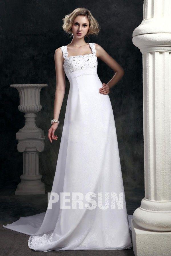 sencillo #vestido de #novia con dasha #cola #watteau hasta el #suelo