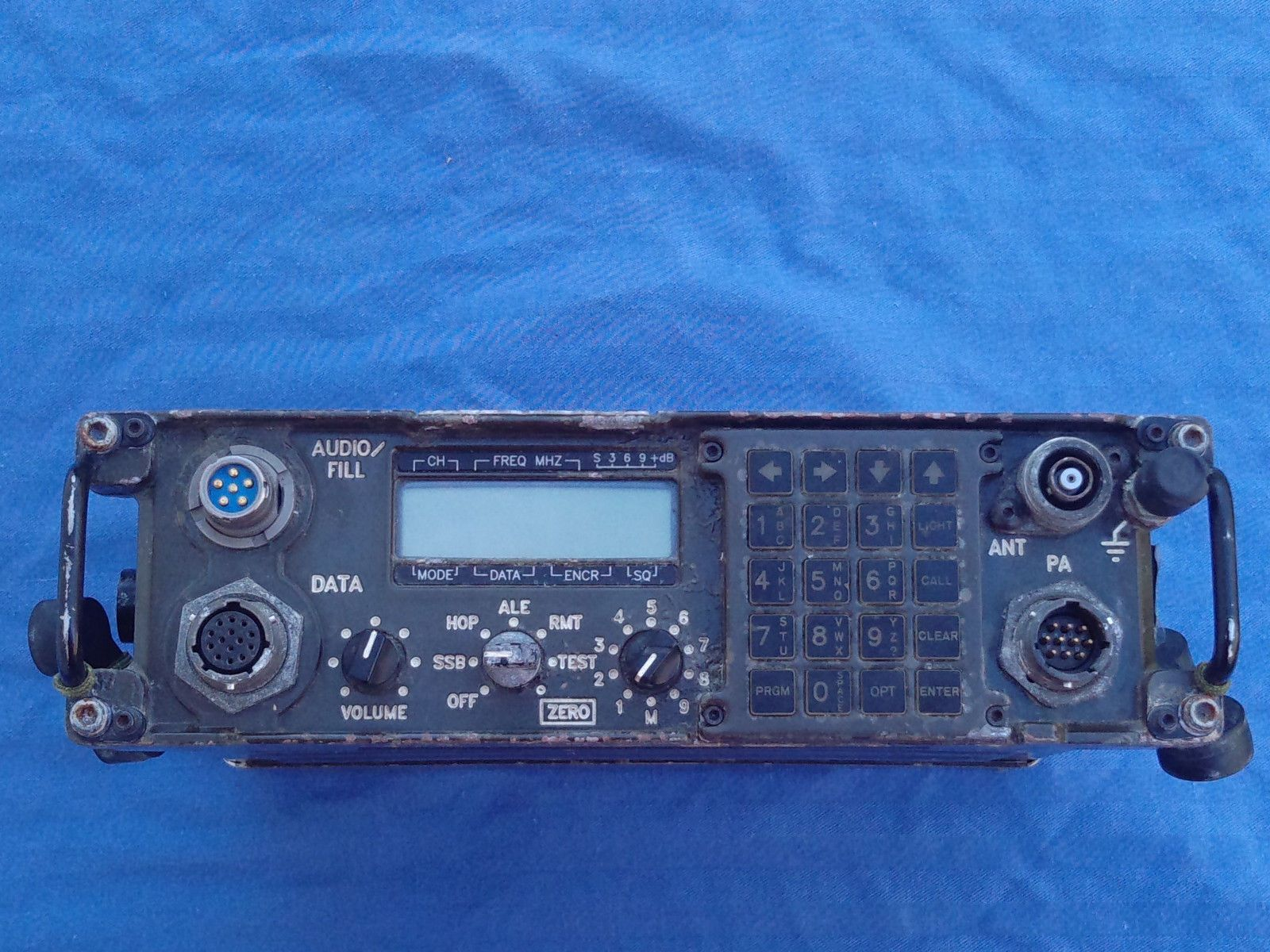 PRC 138 HF Manpack Radio RT 1694 Military Transciever   eBay