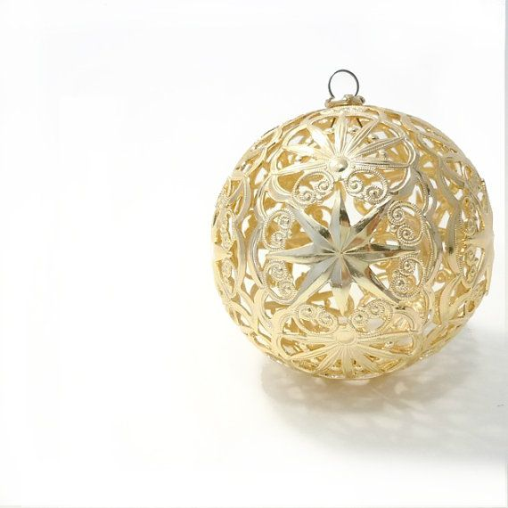 Gold Filigree Christmas Ornament Gold Ball Tree Ornament Western Germany Vintage Decoration Christmas Ornaments Gold Filigree Ornaments