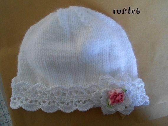 dd3b32af4c0d Bonnet, chapeau,bebe crochet,dentelle avec fleur rose.shabby chic.bapteme