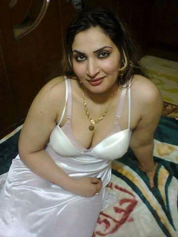 Hot arabian women