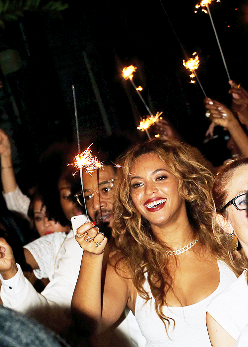 """ Beyonce at Solange's wedding party "" http://vuitton-versace-and-chanel.tumblr.com/"