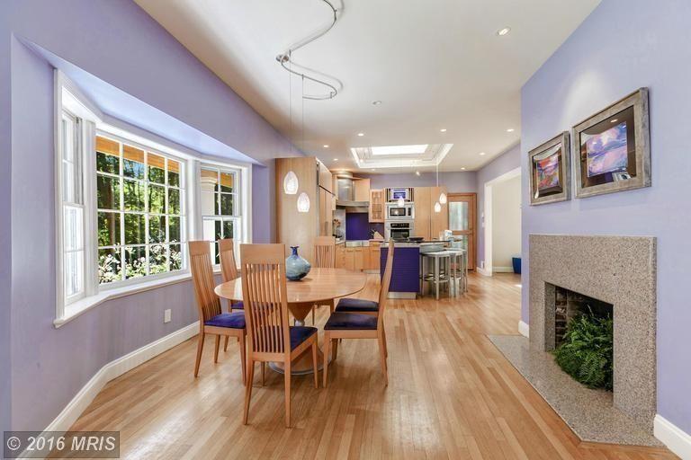 Simple and modern kitchen with eating area  Barbara Quast Interior Design   https://www.facebook.com/BarbaraQuastInteriorDesigner