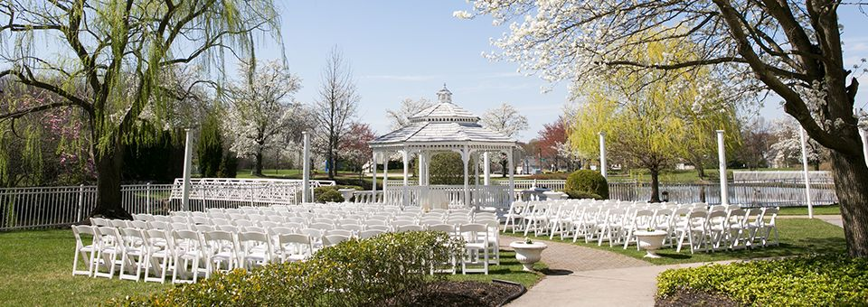 Have Your Wedding At The Mansion On Main Street