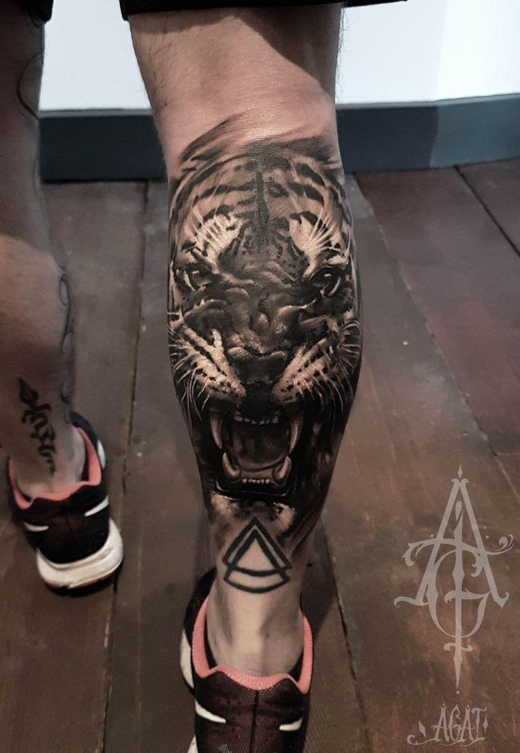 Panturrilha Tatuagem Tatuagem De Tigre E Tatuagem Masculina