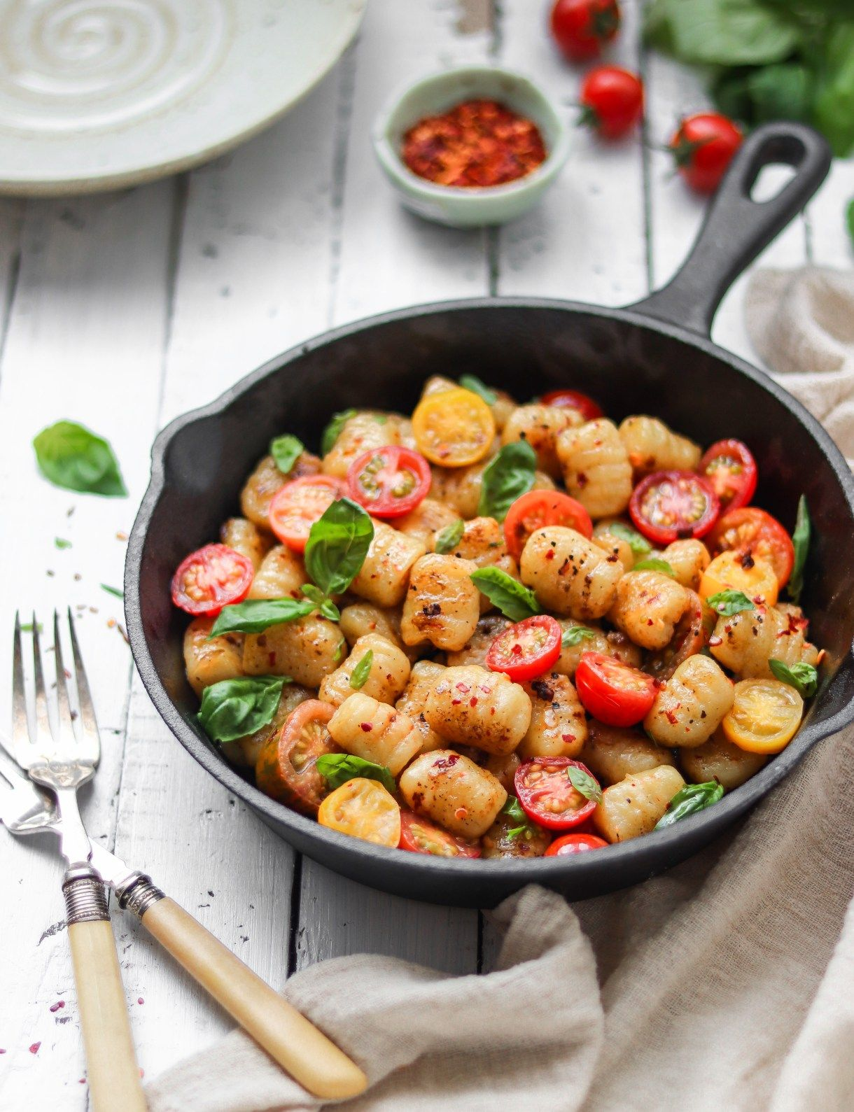 Pan Fried Homemade Gnocchi With Tomato And Basil - Nm Meiyee